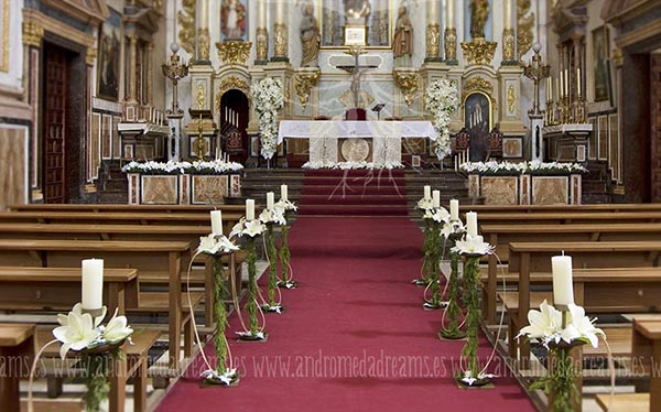 Boda en blanco for Decoracion iglesia boda