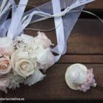 corsage de flores preservadas